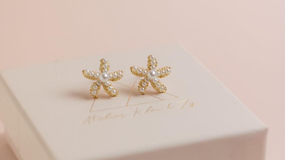Tiny Faux Pearl Starfish Stud Earrings