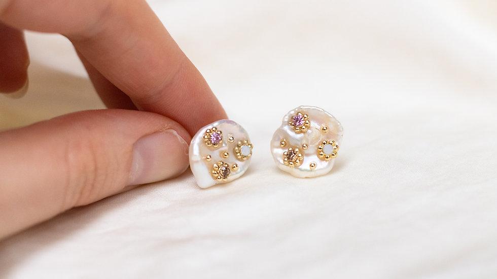 Embellished Keshi Pearl Stud Earring