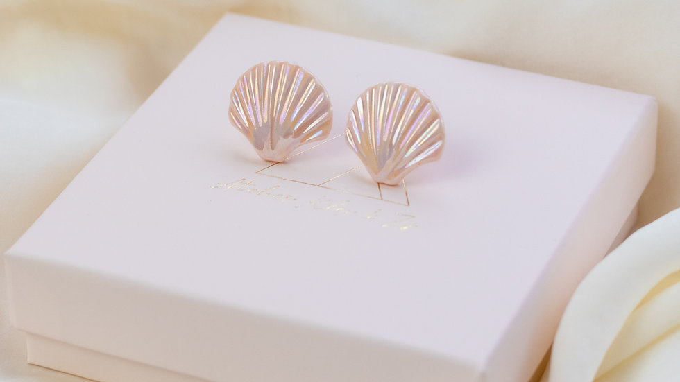 Peach Ariël Shell Stud Earring