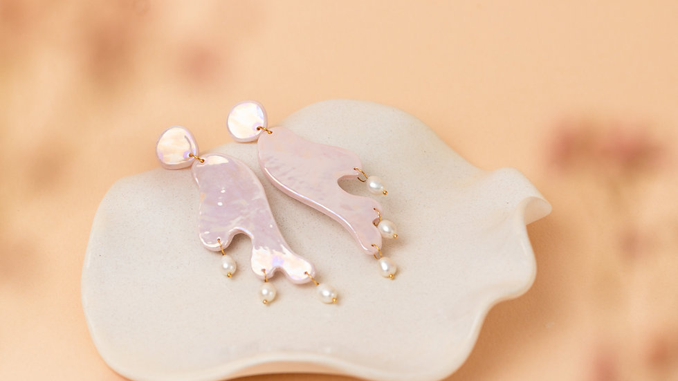 Pink Pearlescent Statement Earring Donatella