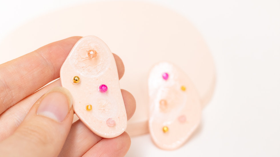 Embellished Porcelain Statement Earring - Peach Confetti