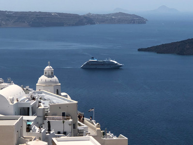 How do you choose a vacation destination? Maybe choose to cruise