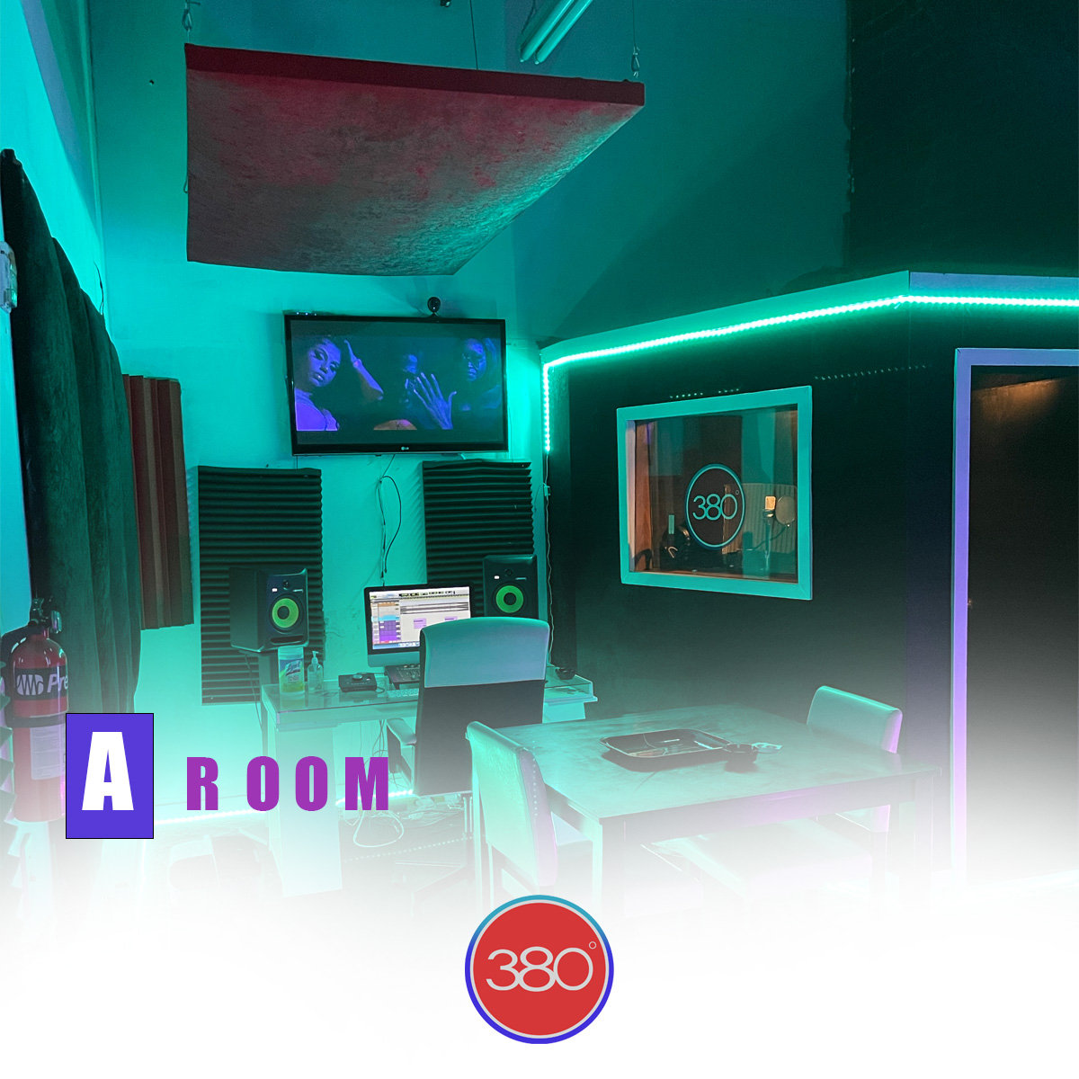 A Room 2 Hrs with a engineer
