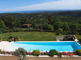 view over pool to sea.jpg