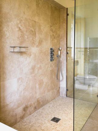 Ston Glass shower.jpg