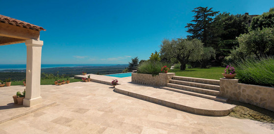 Garden steps with pool-Pano.jpg