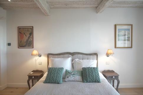 Master bed bed.JPG.jpg