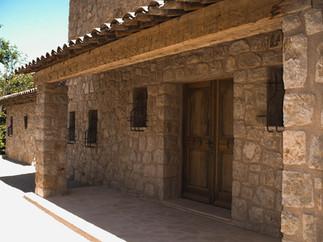 front door ext.JPG.jpg