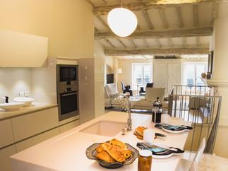 Kitchen to salon.JPG.jpg