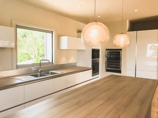 kitchen Ri.jpg
