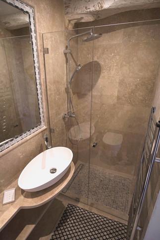 Master bath shower.JPG.jpg