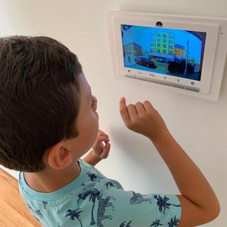 Video Conferencing - Door Bell
