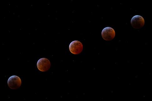 Moon Timelapse Composite.jpg