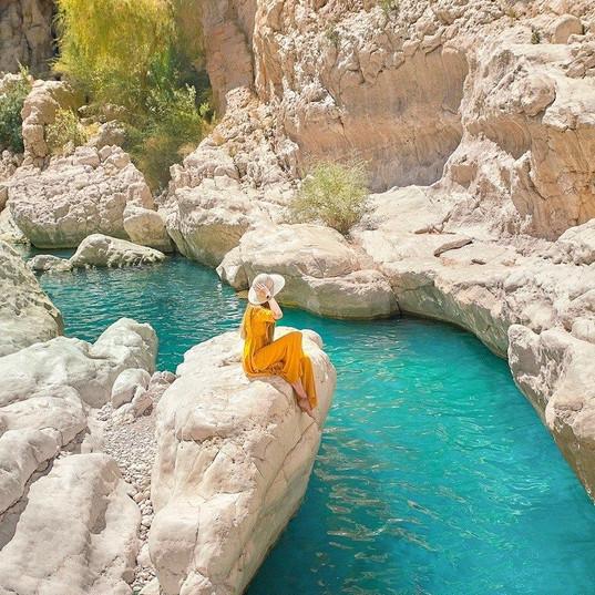 Wadi Bani Khlaid & Desert Safari