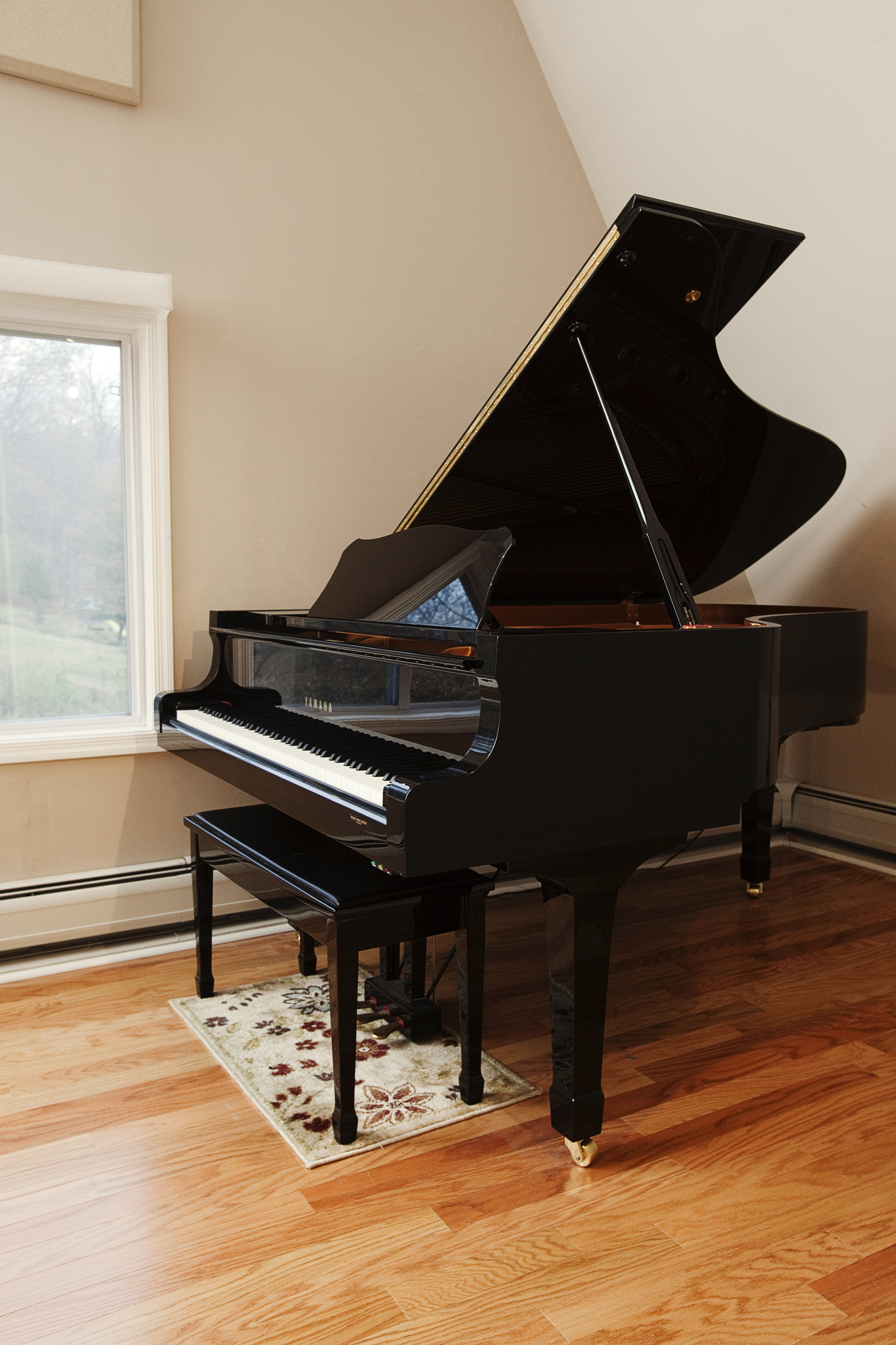 Live Room Piano