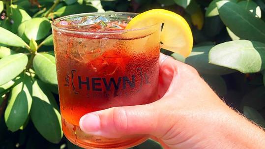 Dark Hollow Bourbon Peach Tea Cocktail