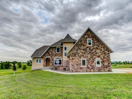 Why we shoot HDR  for Real Estate Photography