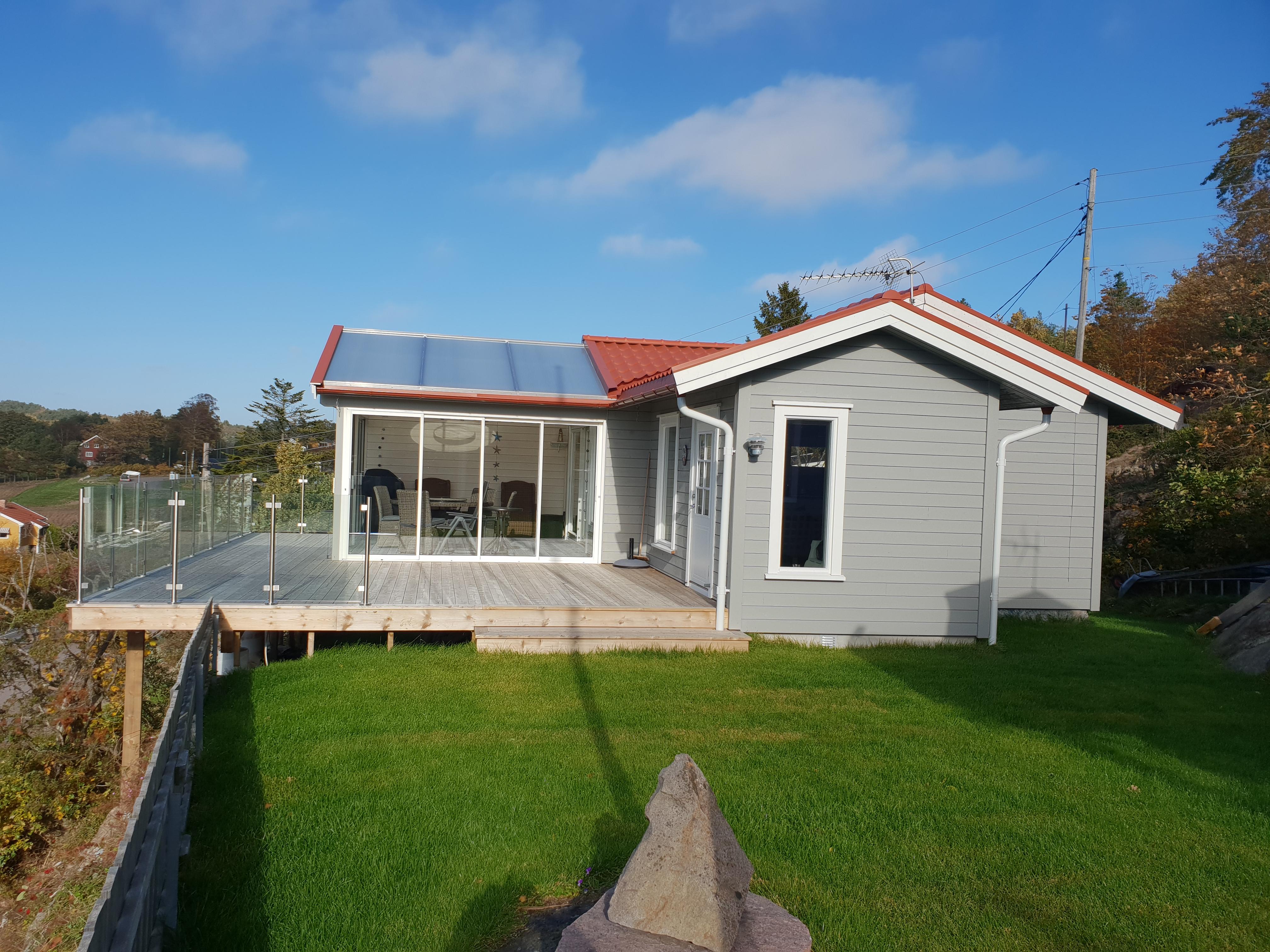 Adgang via både hage og hytte