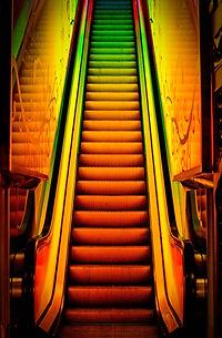 CJV005 Trippy Staircase Black Thin Frame