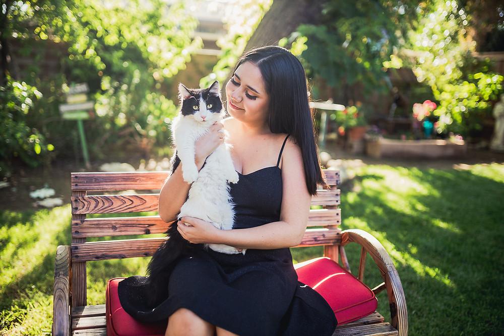 Beaumont Senior Photos w/ cat 3