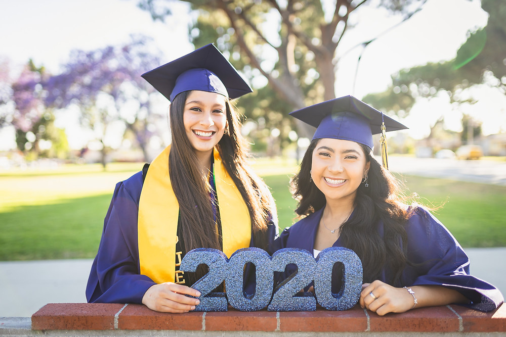 California High School Senior Photos | Zoie and Mariah 6
