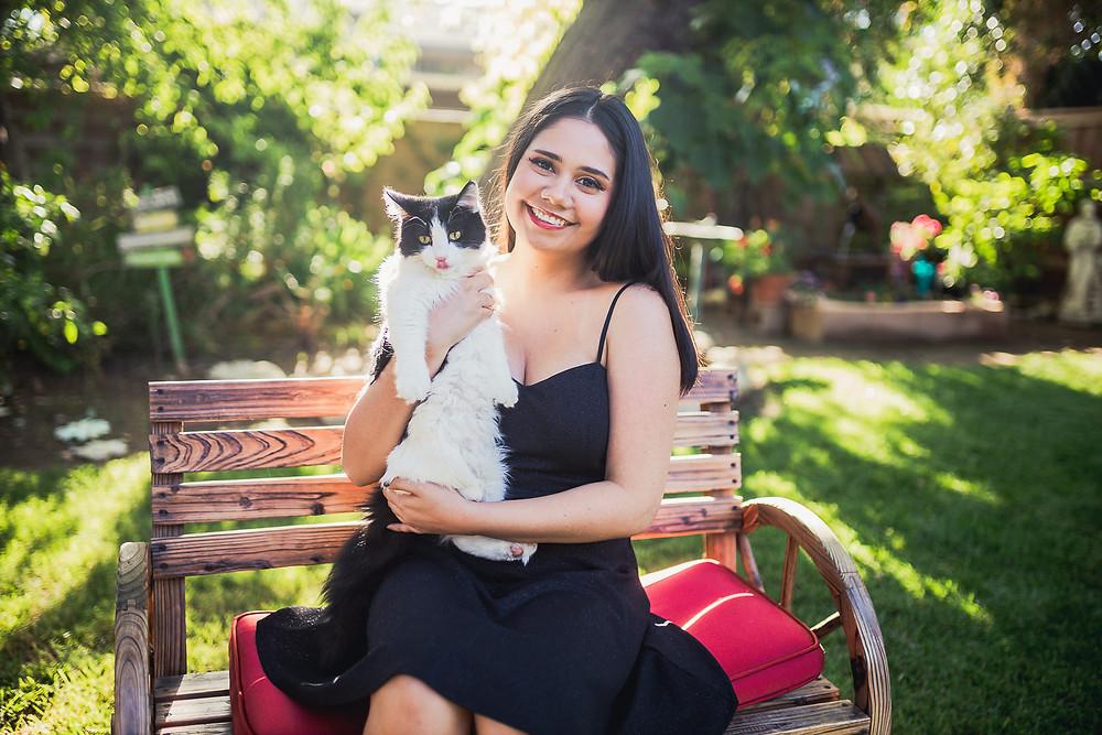 Beaumont Senior Photos w/ cat