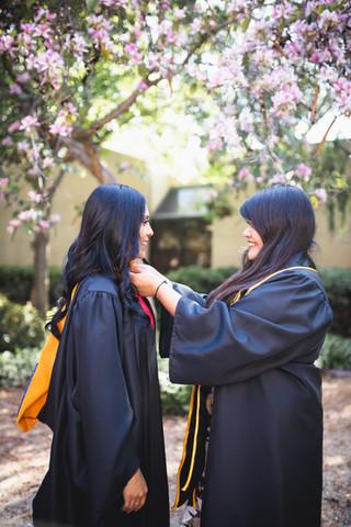UCI Graduation Photos Neuroscience Plaza