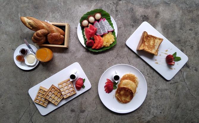 Breakfast at Blend Bistro Asoke