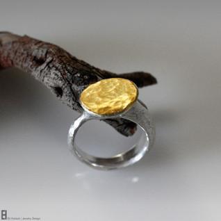 Round Signet Ring