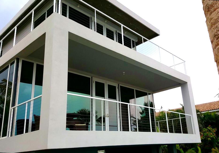 Balcony_2.jpeg