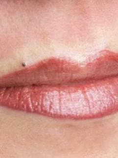 Full lip plus Beauty Mark
