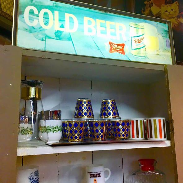 ColdBeerBlueGlasses.jpg