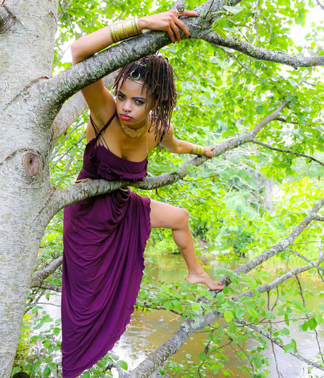 In the trees she leaves /  her lover Oberon /  King of Faires / so she and Theseus can marry.