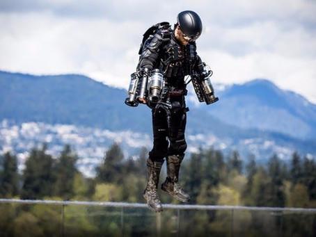 Richard Browning établit un nouveau record de vitesse dans un costume de jet Iron Man