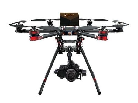 Une source d'énergie au méthanol de Walkera conserve un Hexacopter QR X900 dans l'air pendant pl