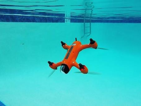 Le Drone Spry de Swellpro vole dans l'air - et sous l'eau