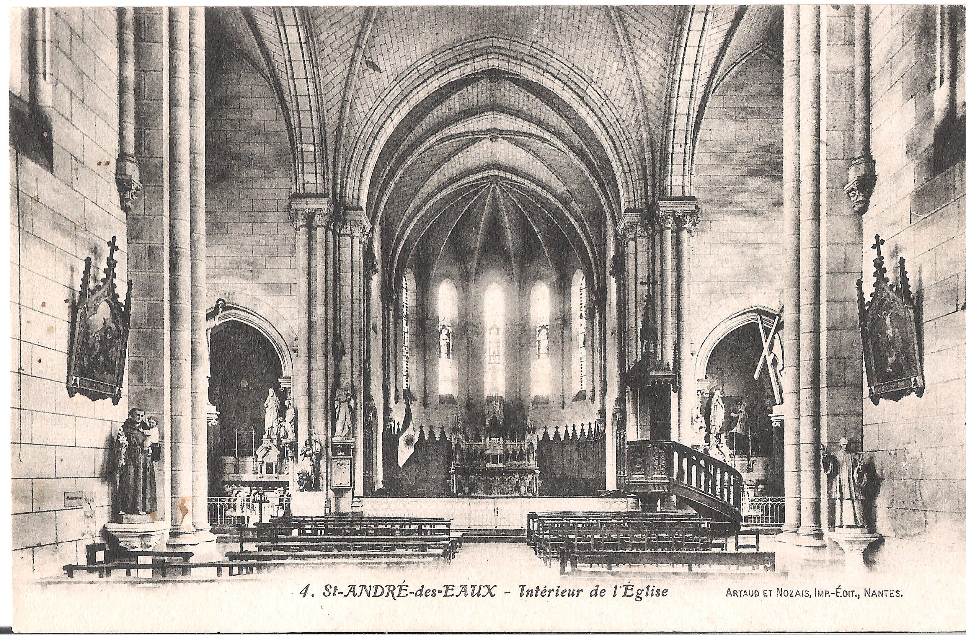 4 St-ANDRE-des-EAUX - Intérieur de l'Eglise