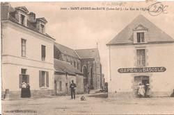 2102 SAINT ANDRE des EAUX - La Rue de l'Eglise