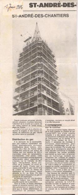 clocher en construction