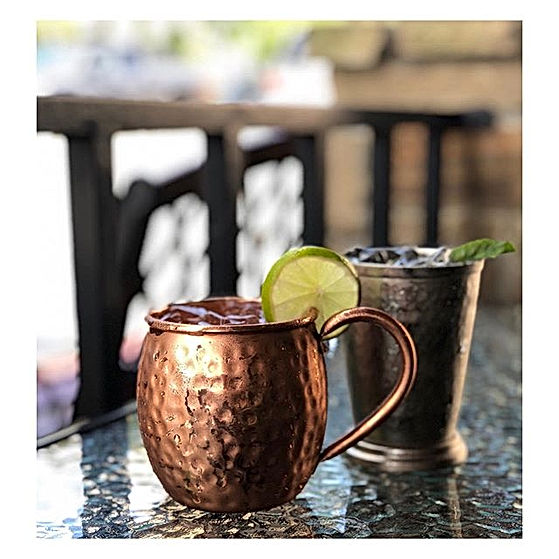 Drinks on the patio_⁣_Yes, please!⁣_⁣_⁣_