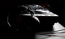 Peter V, DJ, Pioneer CDJs