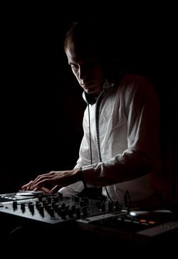 Peter-V-Performance-Live-Sikk-Klub