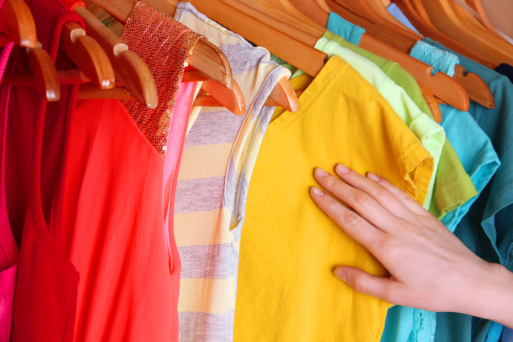 how-to-wash-brightly-coloured-clothes