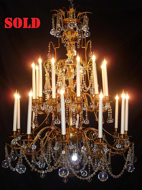 An outstanding exquisite French gilt and glass period chandelier, c1860.