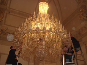 Chandelier Cleaning Onsite