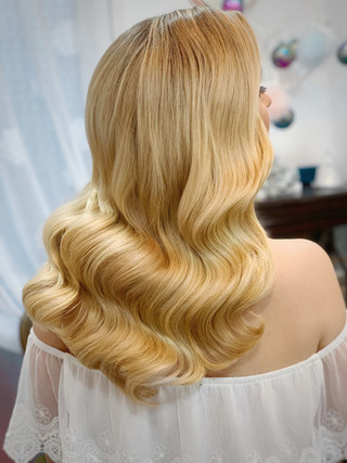 Bridal hair - Hollywood waves