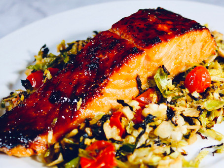 Glazed Salmon with Roasted Tomatoes and Shaved Brussels Sprouts 🍅