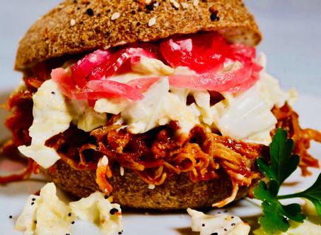 🍔Pulled BBQ Chicken Sandwich