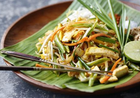 Egyptian Spinach Noodles Pad Thai