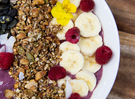 Simple Acai Smoothie Bowl To Jump Start Your Morning